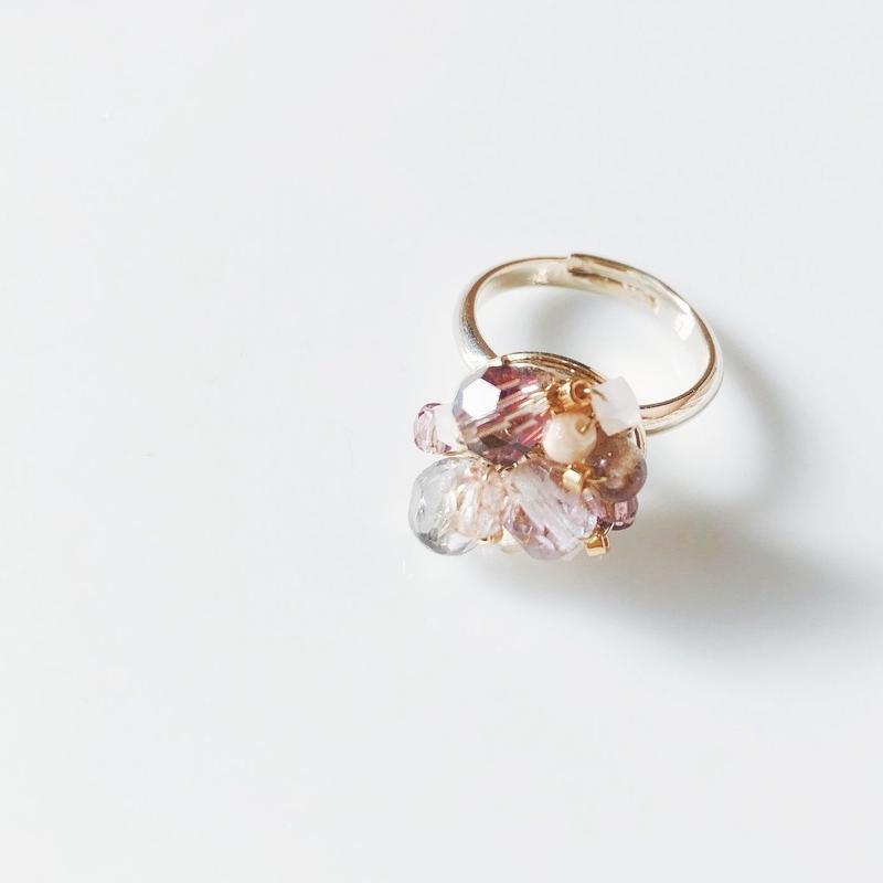 Beas bijou ring. pink