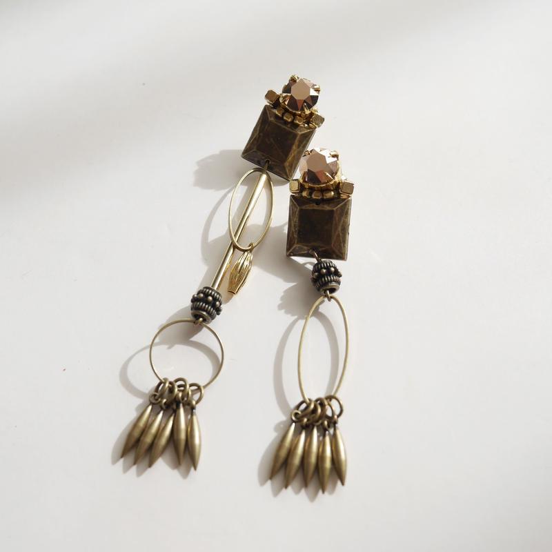 stranger  I pierce/earrings GOLD