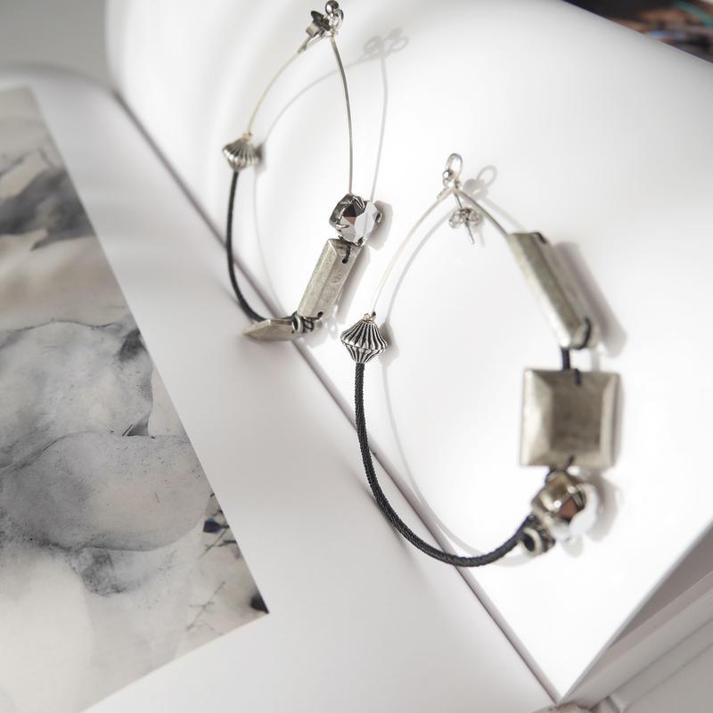 metal foop pierce/earrings Large BLACK
