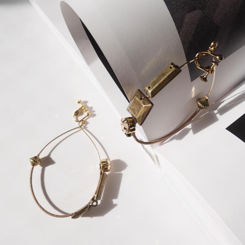 metal foop pierce/earrings Large CAMEL