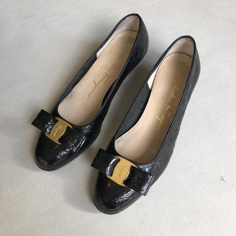 Old Salvatore Ferragamo Crocodile Press Pumps