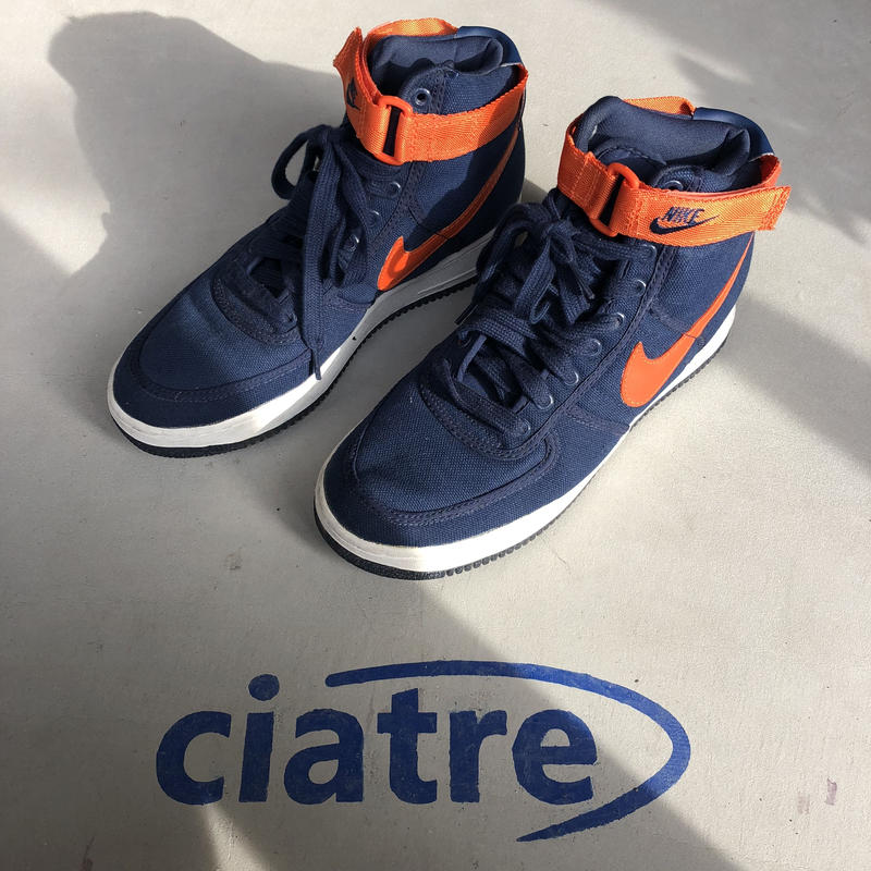94s NIKE AIR FORCE 1 cvs navy