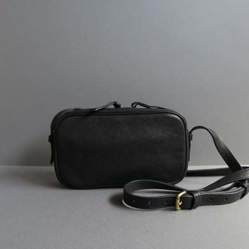 rectangle shoulder bag (black)