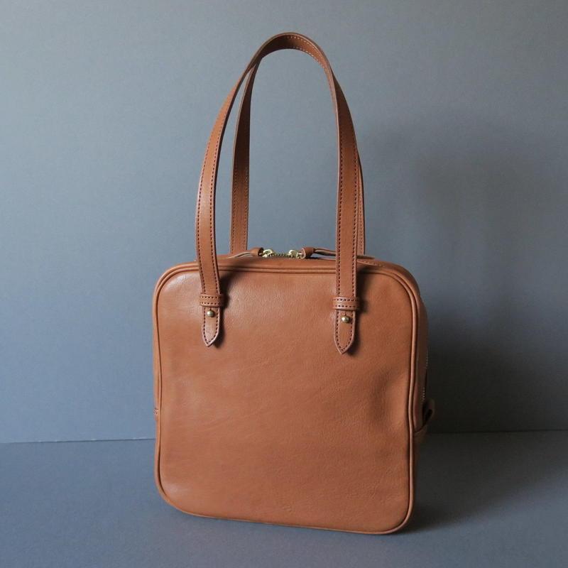 square hand bag (brown)