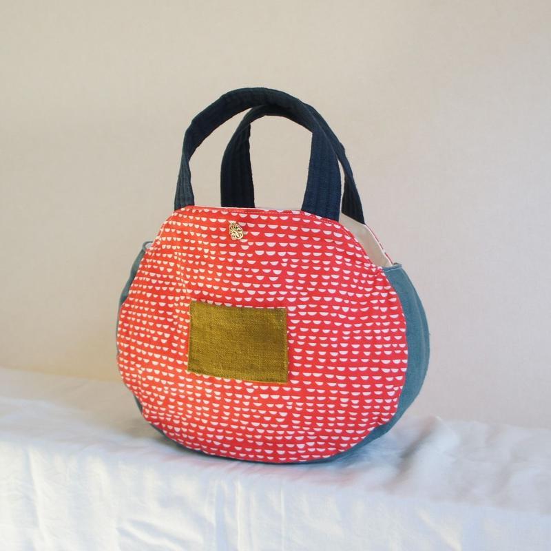 椿のバッグ