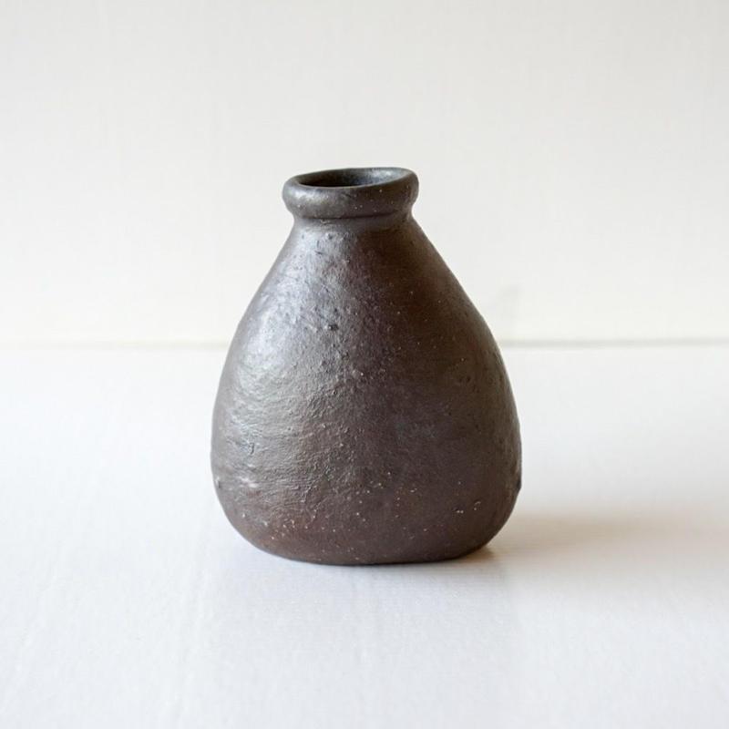 鉄錆釉花器