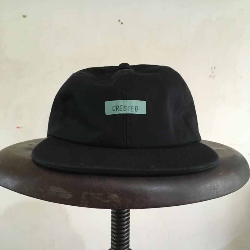 005-CRESTED CAP