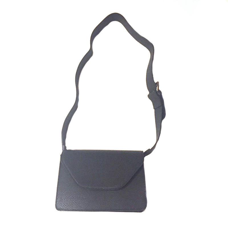 thick strap squre bag