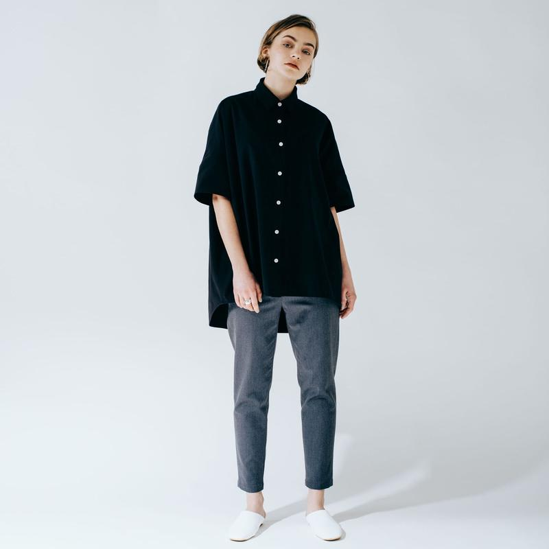 big box shirt (black)