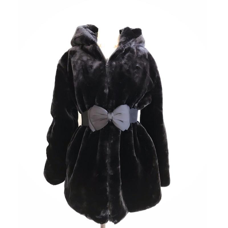 ◆先着30着ご購入の方リボンベルトプレゼント◆女優ブラックハーフコート【軽くて暖かくて光沢溢れるブラックエコリッチファー】