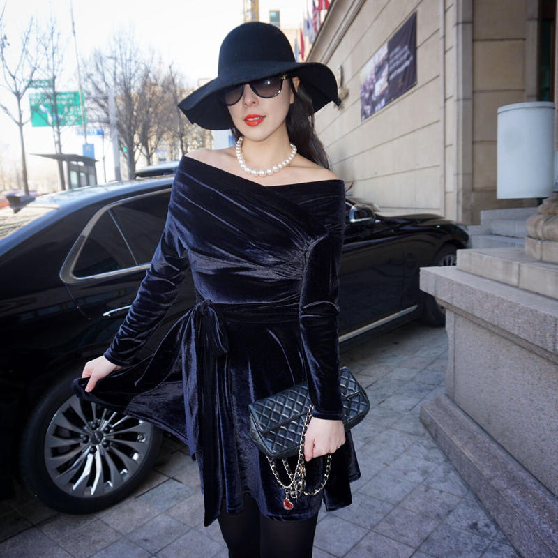 ★160cm前後の方にお薦め★私が私らしく輝くためのヴェルヴェットドレス【ネイビーブラック】★高級感ある艶感★