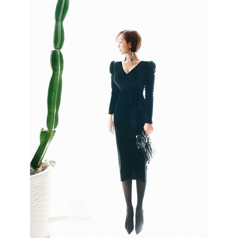 ◆12月20日インスタライブ紹介アイテム◆【伸縮自在】ブラックベルベットワンピース【ビジネスシーン、お社交に!】◆いい女ライン◆