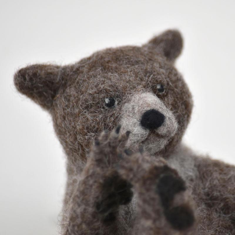 ハイイログマの子 羊毛フェルト