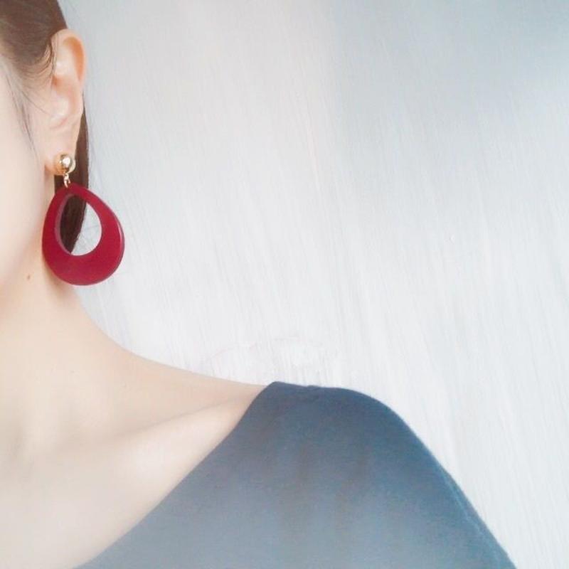 color oval pierce