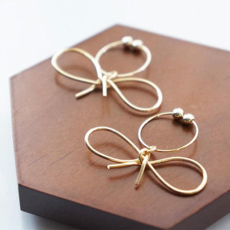 line ribbon earring
