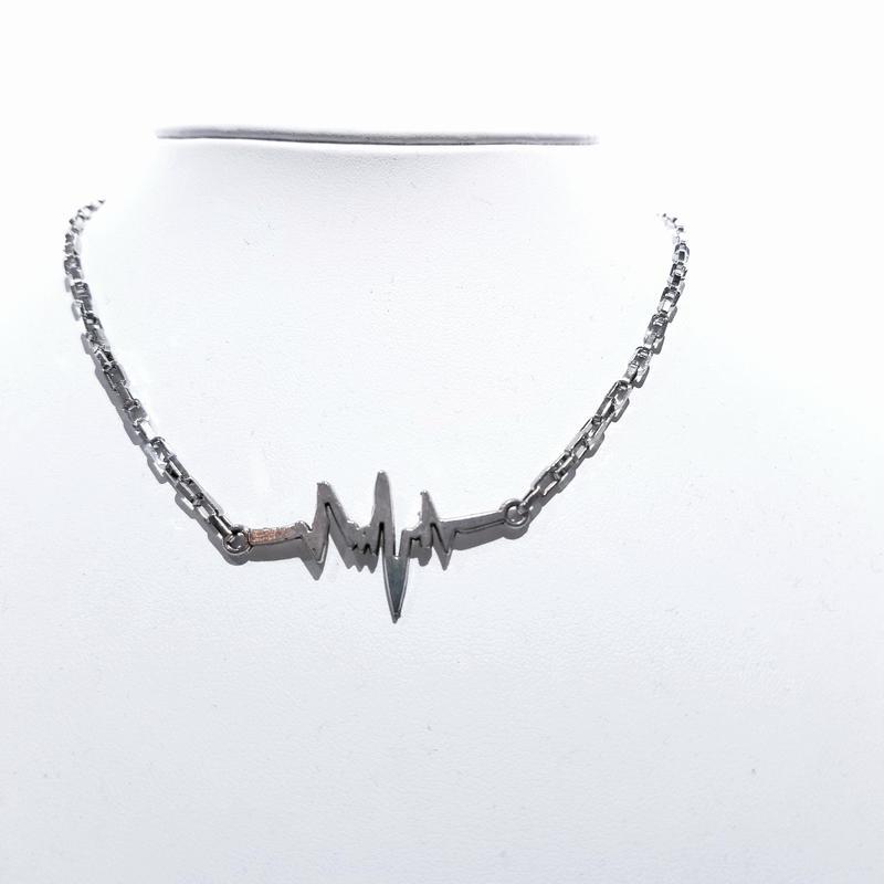 心電図ネックレス
