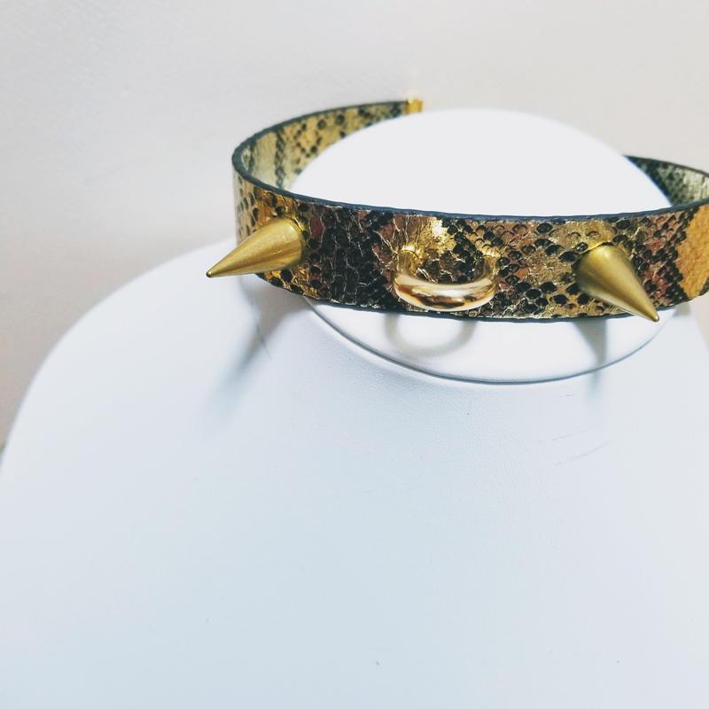 蛇  チョーカー(棘)