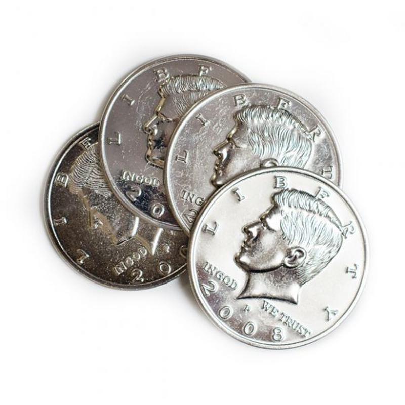 3重ジャンボシェル+ジャンボコイン<精巧なジャンボコインのシェル>【G0696】Four Coin To One (Big Half Dollar)