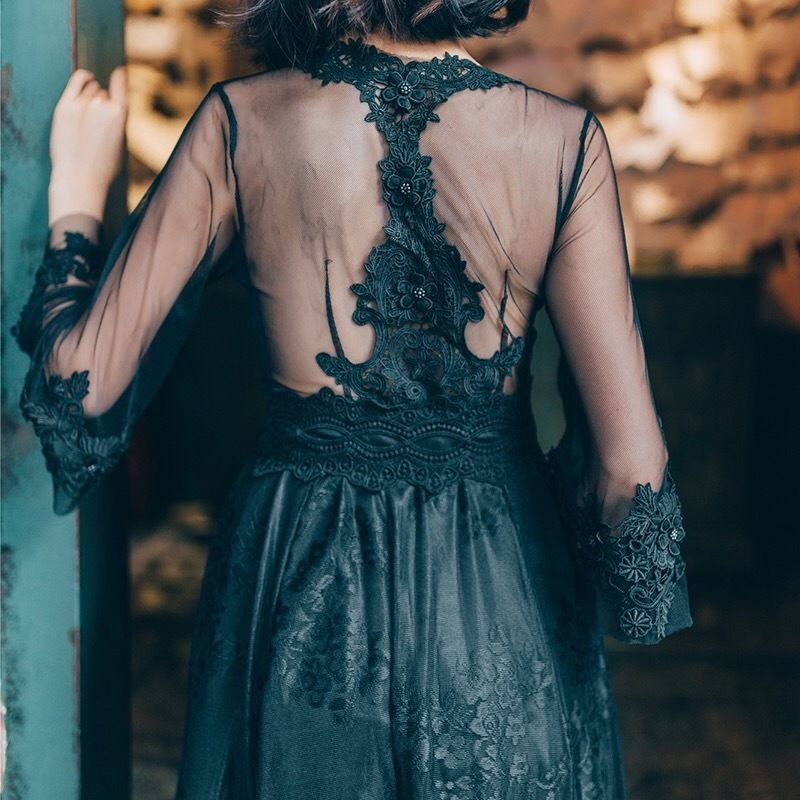 ロング丈刺繍チュールワンピース 長袖 シースルー ドレス