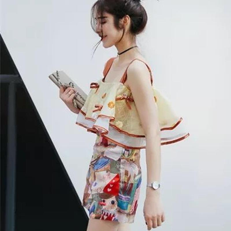 オールインワン 刺繍 オフショルダー風 ショートパンツ パンツスタイル