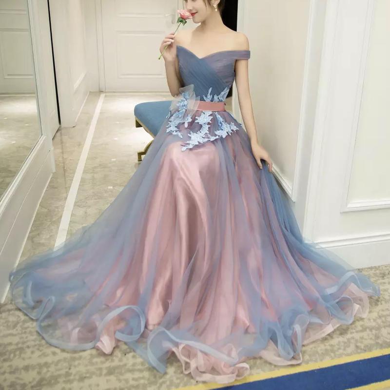 Aライン オフショルダーマキシ丈 花柄 刺繍ドレス エレガント