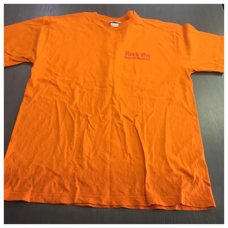 ROCK ON Tシャツ