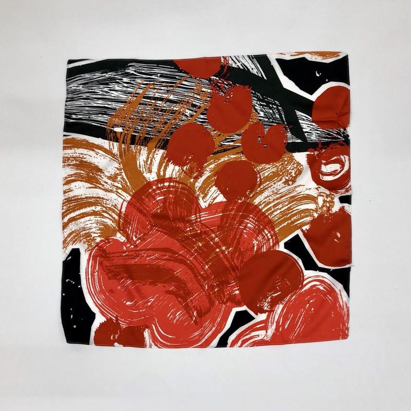 Hand print handkerchief02