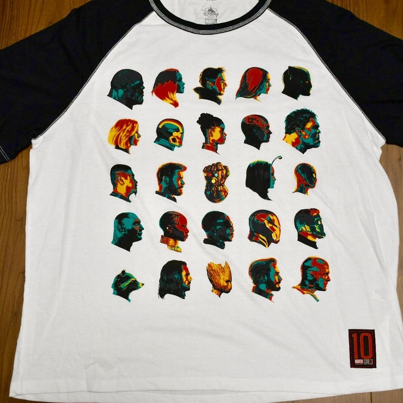 Avengers  Infinity War  Tシャツ  B
