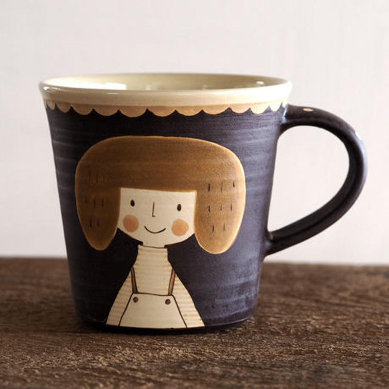 増永 典子 女の子マグカップ 茶 2