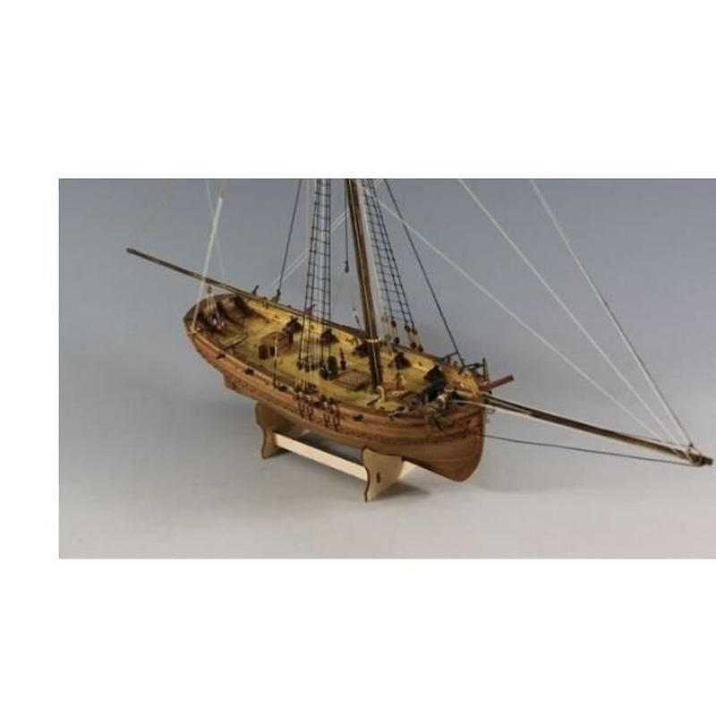 1/64 ヨット 木製模型キット H.M カッター 女性 ネルソン船 モデルキット