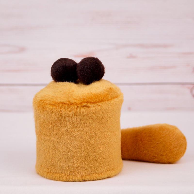 ペット用骨壺カバー / サイズ:3寸 / ベース:ブラウン / ボンボン:ダークブラウン・ダークブラウン / しっぽ:ブラウン(S046)