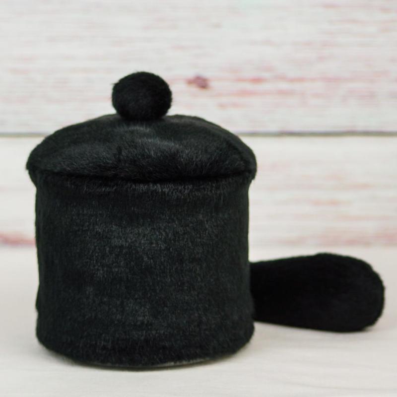 ペット用骨壺カバー / サイズ:4寸 / ベース:黒 / ボンボン:黒 / しっぽ:黒(S196)