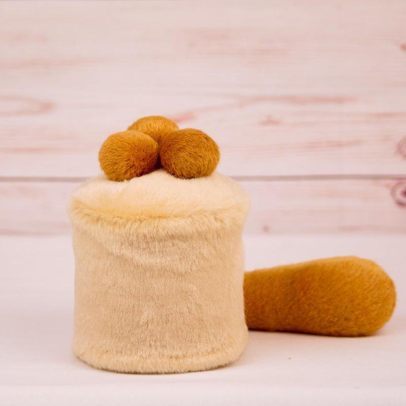 ペット用骨壺カバー / サイズ:3寸 / ベース:クリーム / ボンボン:ブラウン・ブラウン・ブラウン / しっぽ:ブラウン(S006)