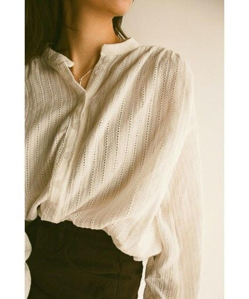 <再入荷>Stand-up collar lace blouse