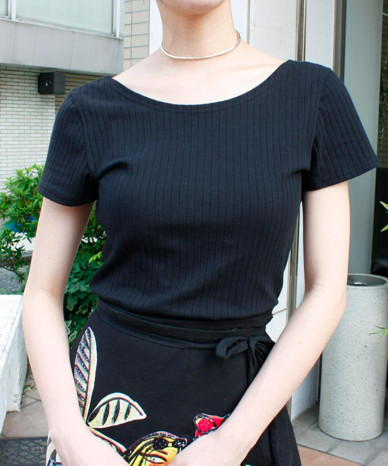 【Used】Back design T shirt / 背中デザインTシャツ