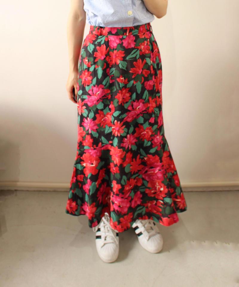 flowerpattern flare skirt