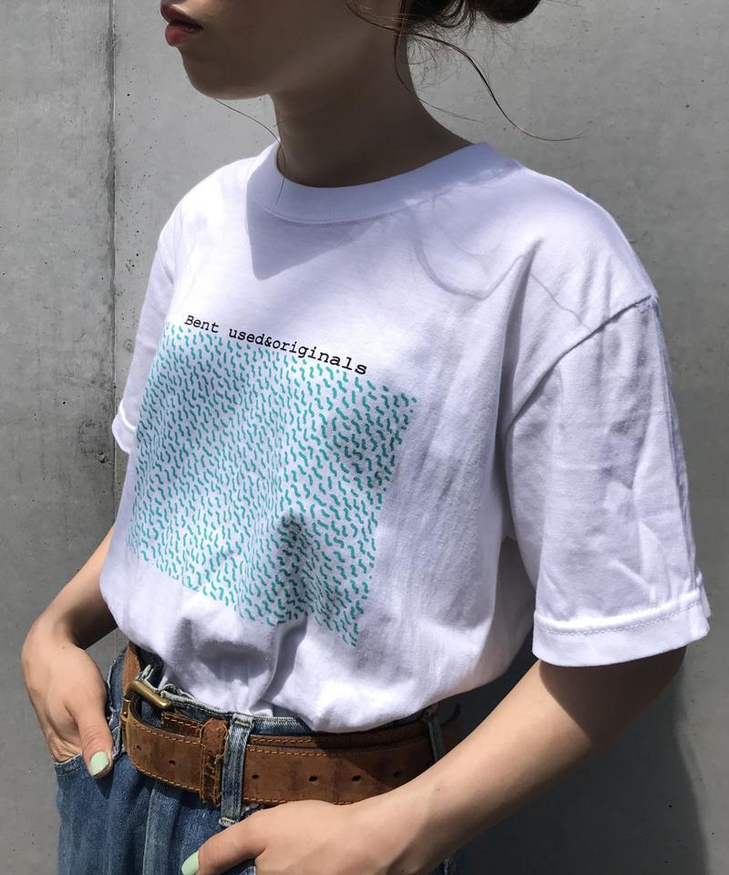Bent sea pattern Tee