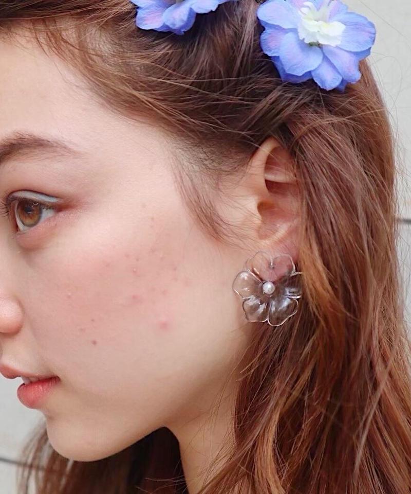 clear fleur pierce