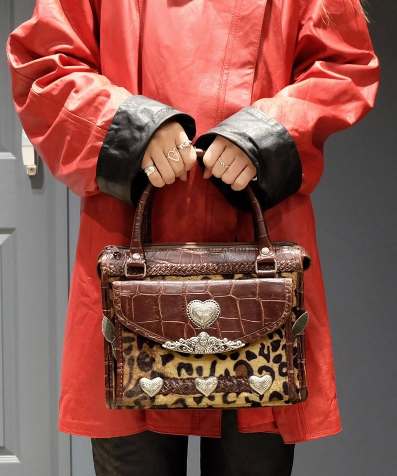 Vintage   Concho Leather Bag