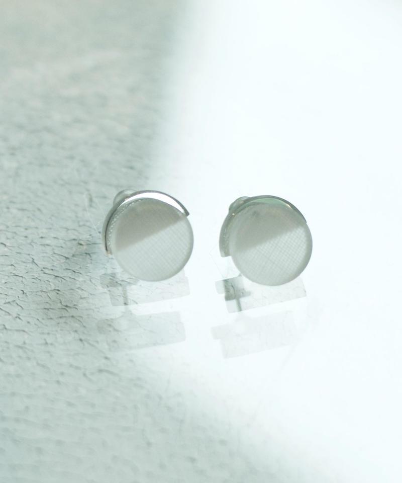 MMAA/oto21  pair pierce・earring ( white)