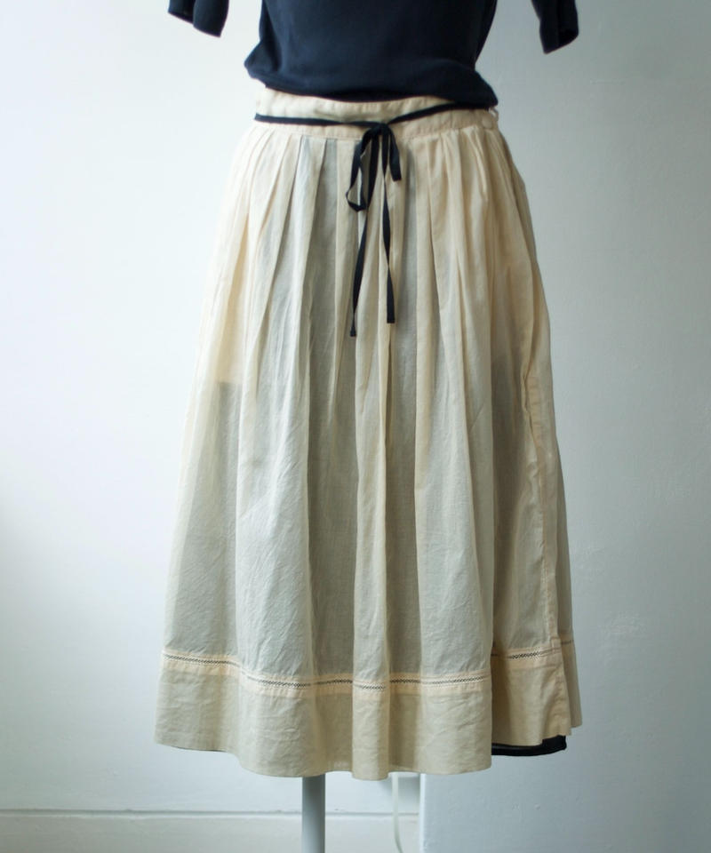 【time sale 6/25まで】ASEEDONCLOUD /hideout skirt(stationery color cloth・chamomile)