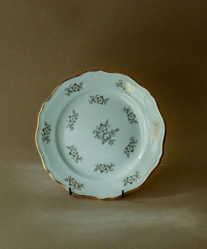 St Amandinoise / gold rim flower plate