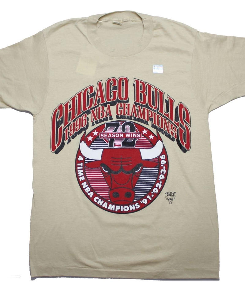 CHICAGO BULLS 1996 CHAMPIONS vintage tee -SIZE M -