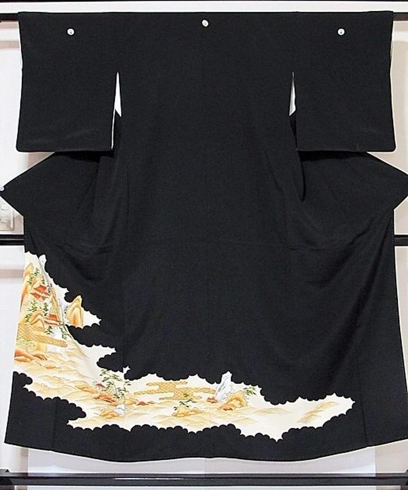 【黒留袖】正絹 比翼 一越 刺繍 裏雲取り蓬莱山☆151cm前後の方ベストサイズ