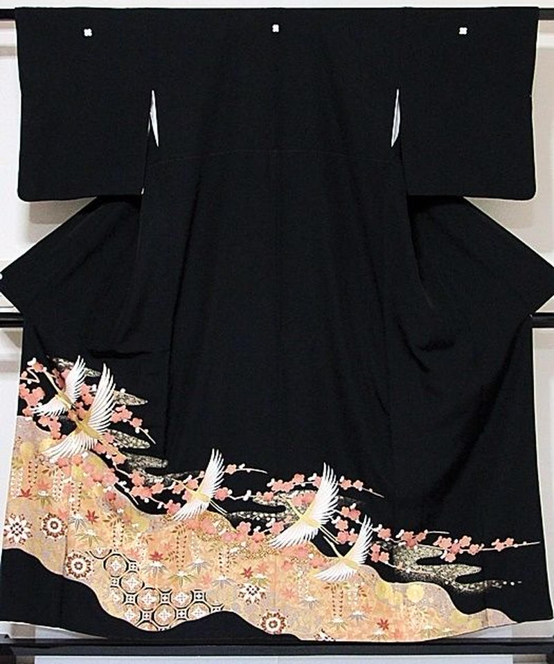 【黒留袖】 一越 正絹 比翼(化繊) 道長取りに吉祥柄 鶴に梅☆156cm前後の方ベストサイズ【美品】