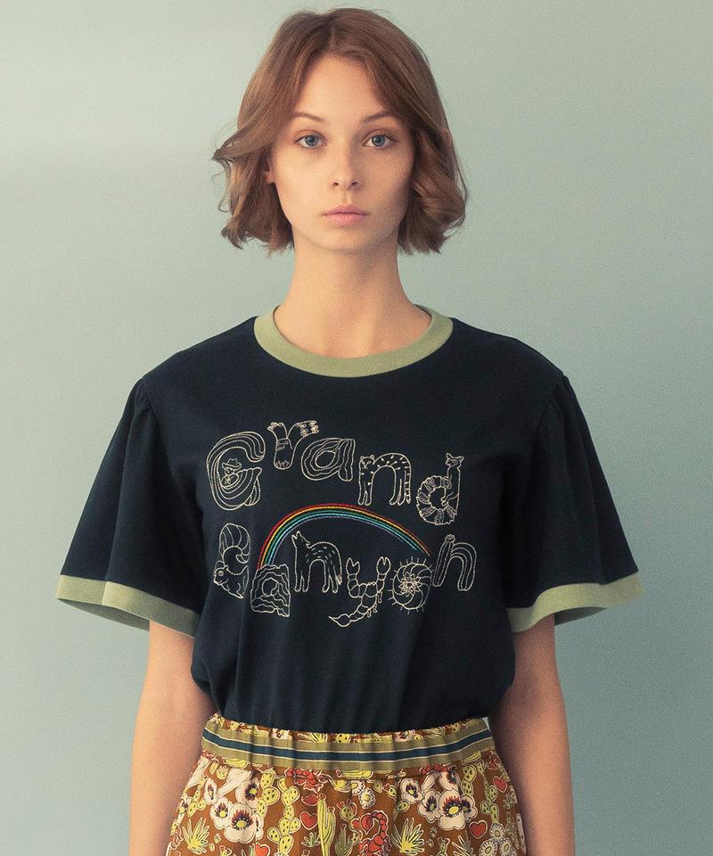 グランドキャニオンの生き物ロゴ刺繍Tシャツ (dark green)