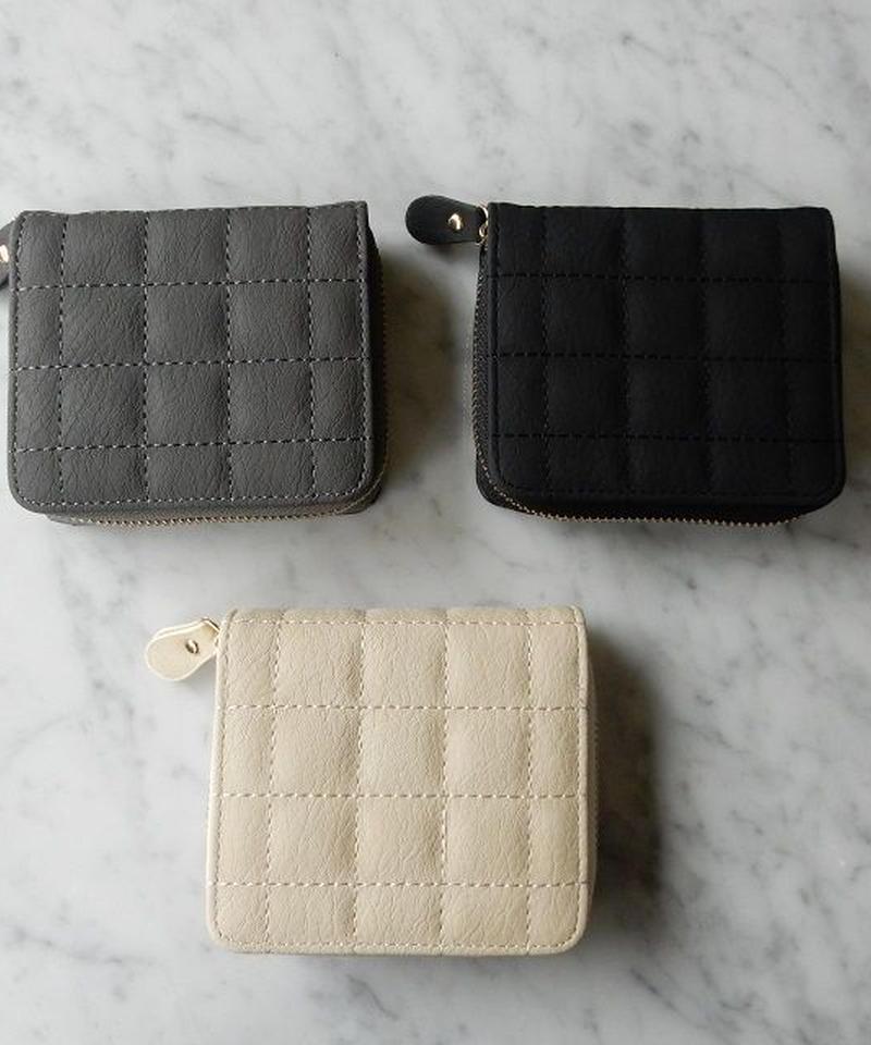 wallet-02004 マットなキルティングデザイン ミニ財布 小銭入れ付き 二つ折り ミニウォレット