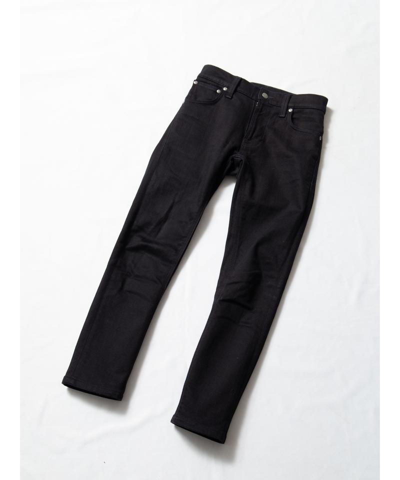 【nudie jeans】Thin Finn「DRY EVER BLACK」