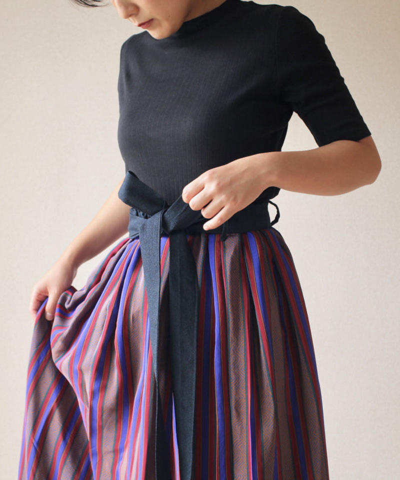 Vintage tucked maxi skirt  (no.070)