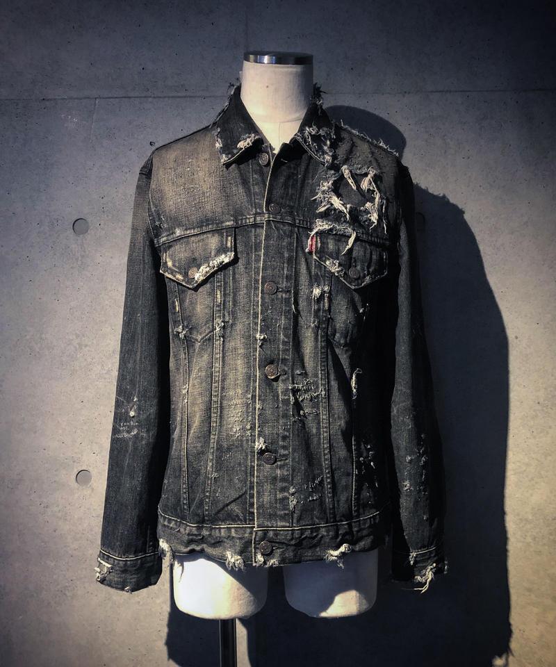 Damage black denim jacket